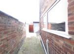 54 Chelmsford Rear yard